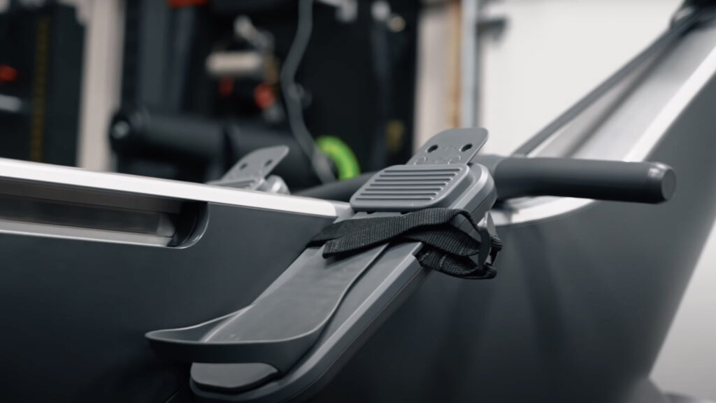 Up close image of the pedals and straps on the Hydrow.