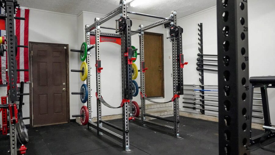 Full power rack in a home garage gym